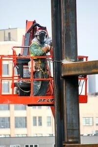 welding for construction carries risk but also leads to great earnings
