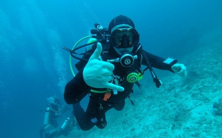 Diver certification course