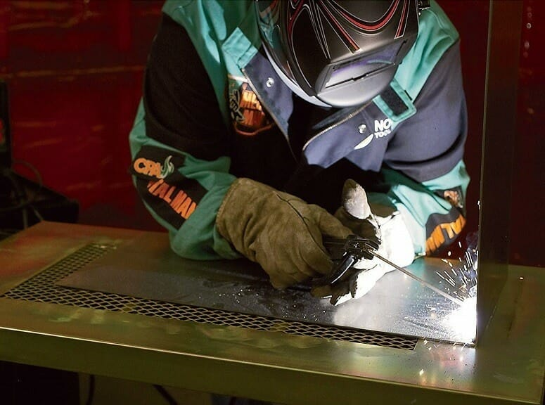 Welding With Klutch ST80