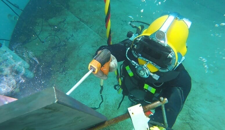underwater welding preparations